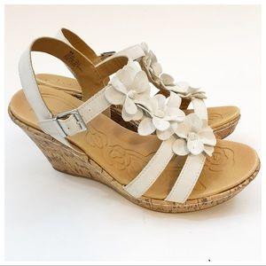 b.o.c. Floral White Flower Cork Wedge Sandals 8